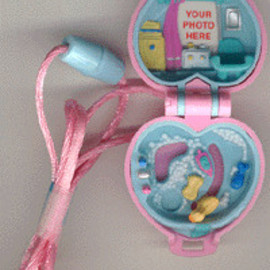 Polly Pocket - Baby and Ducky Locket Babysitter Collection