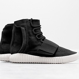 adidas - Yeezy Boost 750 - Black/White