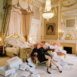 Tim Walker - vogue | Kate Moss at the Ritz Paris |Fashion Editor: Grace Coddington
