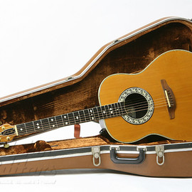 Ovation - Glen Campbell model