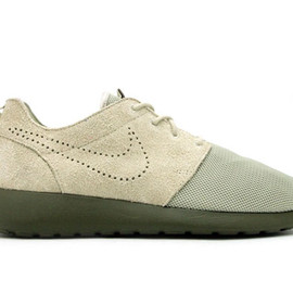 Nike - Nike Roshe Run Premium Sneakers Fall 2012