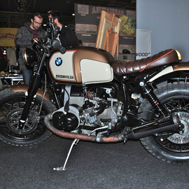 Officine Cafe Triple - BMW R100 Broomhilda Scrambler special