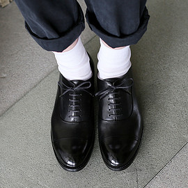 ARTS&SCIENCE - Cap toe shoes
