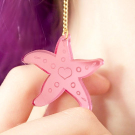 I'm Really a Mermaid!/アイム・リアリィ・ア・マーメイド/I Love crafty - I'm Really a Mermaid!/アイム・リアリィ・ア・マーメイド/I Love crafty/Starfish Love Earrings in Pink/ピンクのヒトデぶら下がりピアス