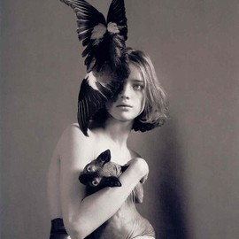 Mert Alas & Marcus Piggott - Nathalia Vodianova and the Cat, New York, 2006