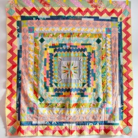 carrie strine - medallion quilt