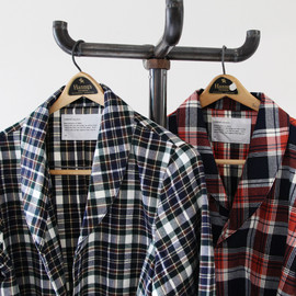 commono reproducts - nel shirts robe