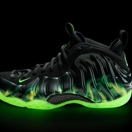 Nike - Air Foamposite One ParaNorman