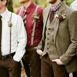 I love this mixture and combo of textures and colors for wedding.