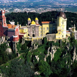 Sintra sightseeing tour for a full day in Sintra city