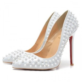 Christian Louboutin - Spikes pumps white