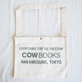 COW BOOKS - Shoulder Tote #ivory