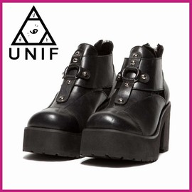 GRAIL PLATFORMS シューズ