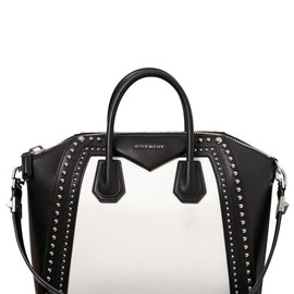 GIVENCHY - SS2015 MEDIUM ANTIGONA STUDDED LEATHER BAG