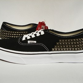 Rusty Rivet - Vans Authentic Studs Custom