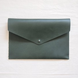 Hender Scheme - envelope clucth A4 #d.green