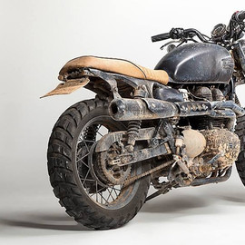 Triumph - Bonneville T100 by David Beckham (design by  Tarso Marques)