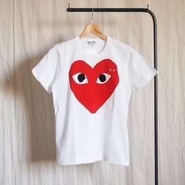 PLAY COMME des GARCONS - 綿天竺プリントTシャツ 赤エンブレム #white
