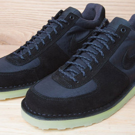 Nike - Air Lava Dome 2012 - Black/Black w/ Crepe Sole