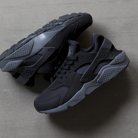 Nike - Air Huarache - Black/Grey