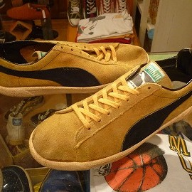"PUMA - 「<used>70's PUMA CLYDE gold/black""made in ITALY"" size:UK7(25.5-26cm) 12000yen」完売"