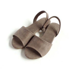evam eva - leather sandals