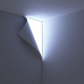 YOY - PEEL WALL LAMP