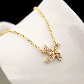 Lovely diamond windmill necklace