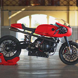 BMW - R100RT cafe racer by Bolt Motor Co. 1981