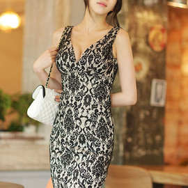 LUXE ASIAN - Coco Mary Dress