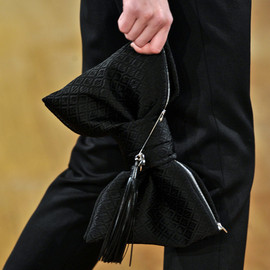 Alexis Mabille - Bow Clutch