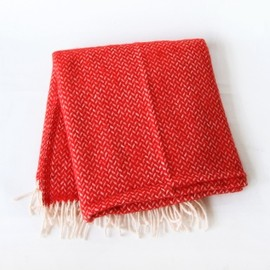 KLIPPAN - Wool throws - Polka - Red