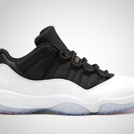 Nike - Air Jordan 11 Retro Low White/Black   True Red