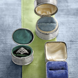 silver ring boxes with colorful velvet ring pads