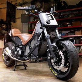 YAMAHA - T-Max Hypermodified Roland Sands
