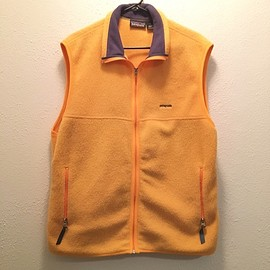 Patagonia - Synchilla Fleece Vest (yellow, XL)