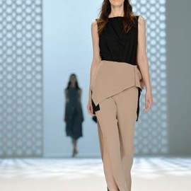 Hussein Chalayan - Spring/Summer 2015 collection