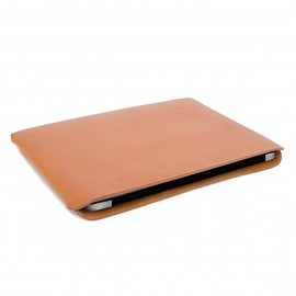 Makr Carry Goods - Macbook Tab Media Case - Wickett and Craig Vegetable Tanned Leather