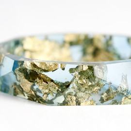 RosellaResin - ocean blue with gold flakes eco resin faceted bracelet bangle