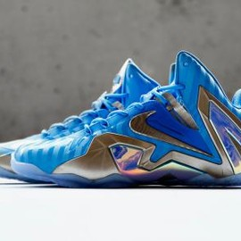 Nike - NIKE LEBRON 11 ELITE BLUE HERO/METALLIC ZINC-ICE