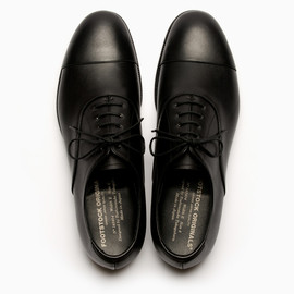 FOOTSTOCK ORIGINALS - STRAIGHT TIP SHOES