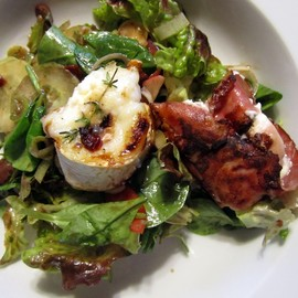 Austrian - Grilled goat cheese salad
