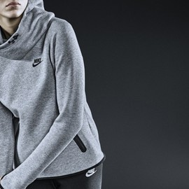 NIKE - Tech Fleece Collection