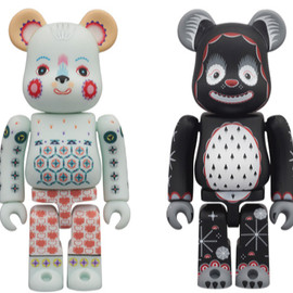 BE@RBRICK - KLAUS HAAPANIEMI Polar Bear & Snowing Bear