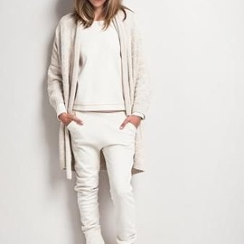 all white/style