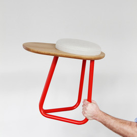 Daphna Laurens - CHAIR 01 / STOOL 01