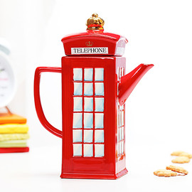 Claybox - London Telephone Booth Teapot
