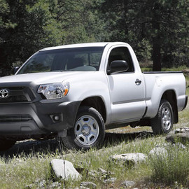 TOYOTA - TACOMA 4x2 Regular Cab Super White