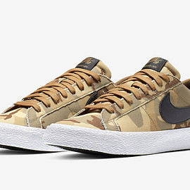 NIKE SB - Zoom Blazer Low - Parachute Beige/Ale Brown/Black