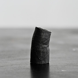 Detaj - Long Bandage Ring - Black
